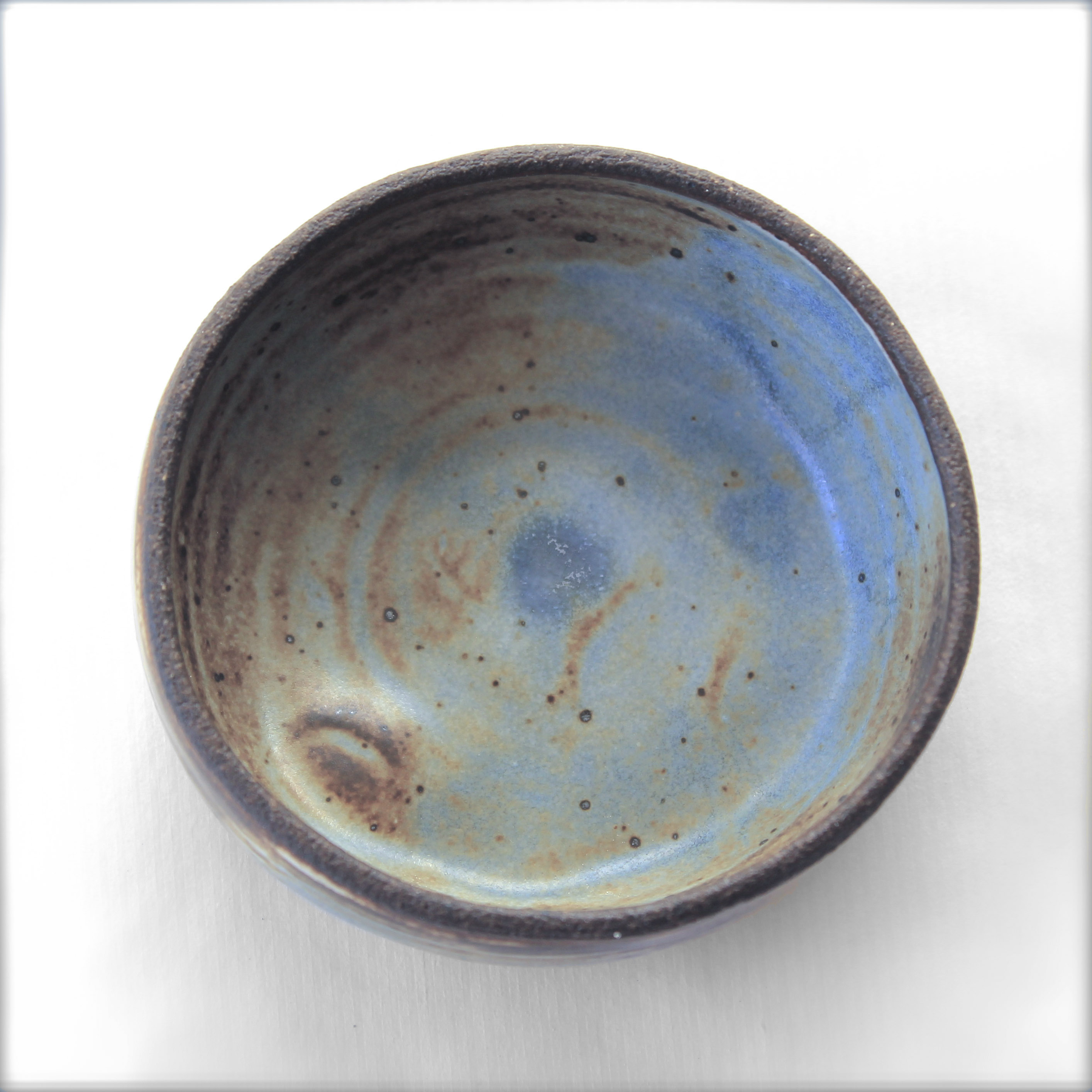 blue inside mini bowls